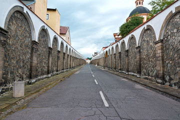 Long street to castle Decin