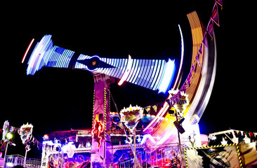 Volksfest Fahrgeschäft Karussell