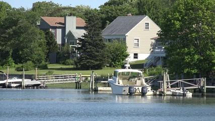 Lake Houses, Summer Homes, Shorefronts