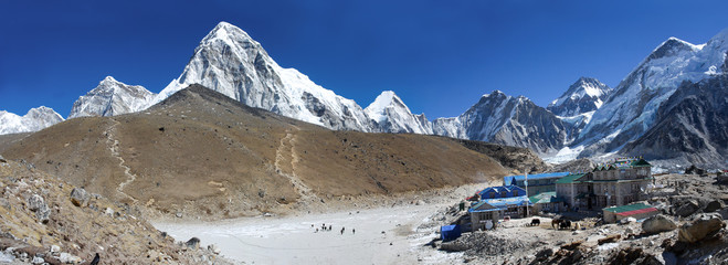 Gorak Shep village and Kala Patthar , Nepal
