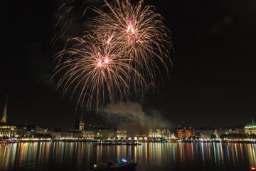 Hamburg Alster Jungfernstieg Feuerwerk 2014