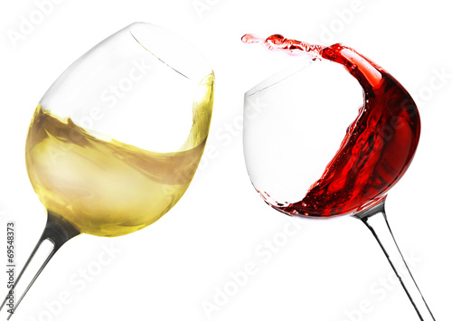 Wineglasses with red and white wine, isolated on white - 69548373