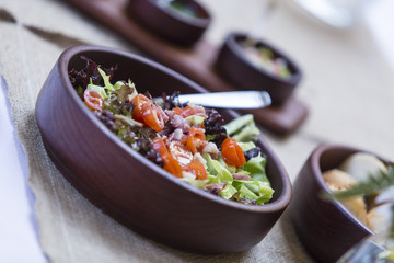 Ensalada vegetariana. Gourmet.