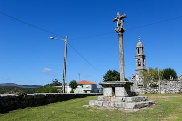 typical Galician stone cross at San Pedro de Berdoias