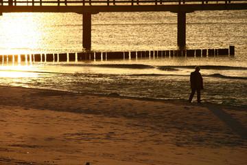 Seebrücke einsam