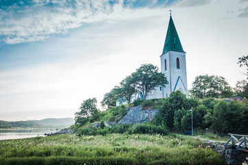 Best of Sweden - church nearby the see