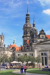 Am Theaterplatz in Dresden