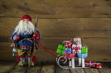 Santa Claus als Gutschein zu Weihnachten mit Geschenke