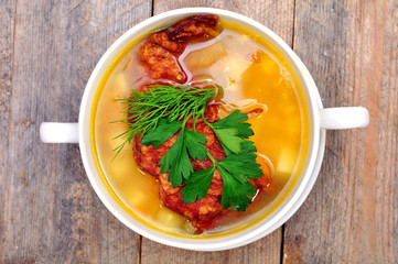 pea soup with smoked pork ribs