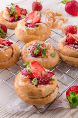 baked snails with Strawberry