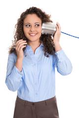 Frauennetzwerke: Business Frau mit Büchsen Telefon isoliert