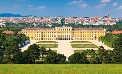 Schonbrunn Park and its beautiful palace