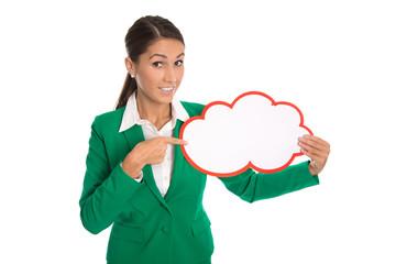 Business Frau in Grün hält ein Werbeplakat in der Hand