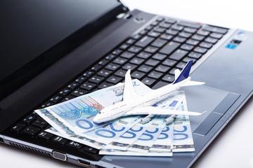 Aircraft and banknotes