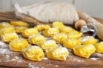 tortellini emiliani caserecci