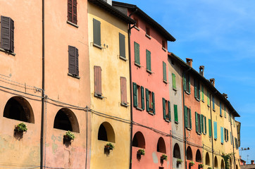 Brisighella, case in centro