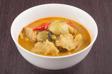 green curry with fish balls