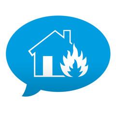 Etiqueta tipo app azul comentario simbolo incendio