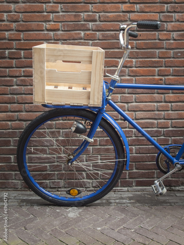Staande foto Fiets blue delivery bike