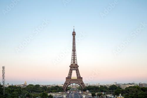 Eiffel Tower Paris - 69621568