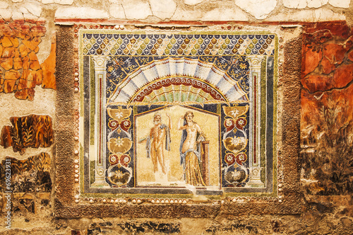 Herculaneum - 69623931