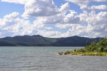Щучинск, берег озера