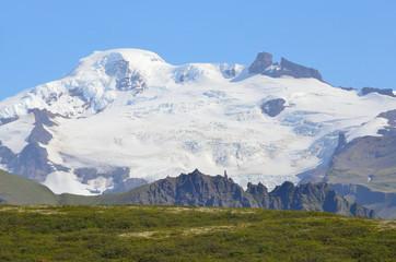 Исландия, ледник над самым большим вулканом в Европе Ватнаекутль