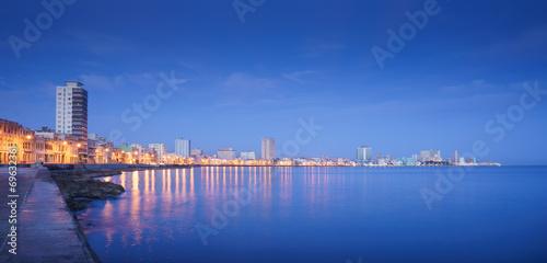 Kuba, Morze Karaibskie, Hawana, Hawana, skyline w nocy