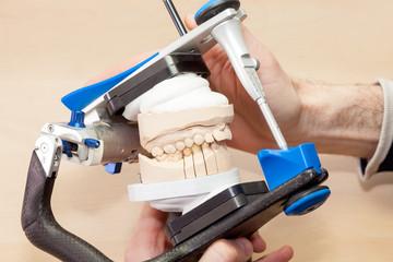 Prosthetic Facial Dental in Device.