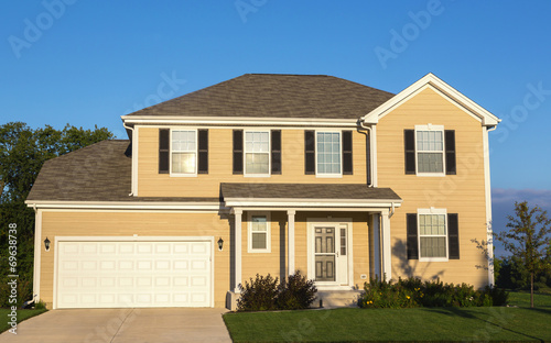 suburban house - 69638738