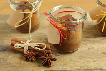 cake in a jar glass with cristmas decoration
