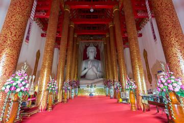 Interior of Wat Mangkol Thawararam (Wat Khrua Khrae), horizontal
