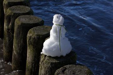 Rostock, Schneemann (Winter an der Ostsee)
