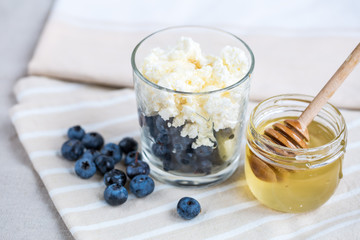 Cottage cheese, berries and honey