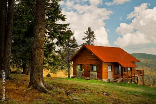 Staande foto Scandinavië Mountain cabin