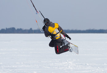 Winter Snowkiting