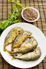 Shrimp Paste Chilli Sauce (Nam Prik Ka Pi) serve with Fried Indi