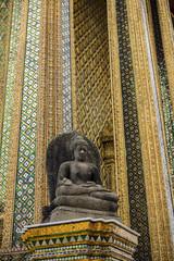 タイ王宮のプラ・モンドップ