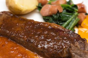 牛肉 ステーキ 白背景