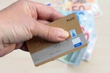 Kartenzahlung oder Bargeld
