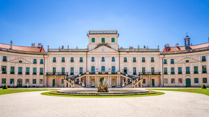 Schloss Esterházy, Fertőd