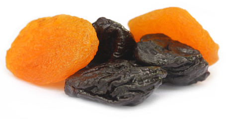 Dried apricot with prune