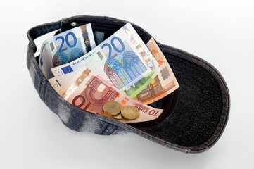Cap of Money, Euros