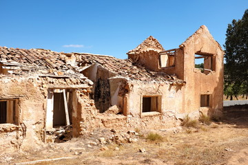 Maison en ruisnes