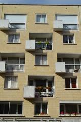 Immeuble avec balcon