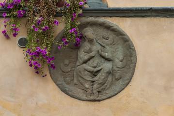 Fregio decorazione, stemma cristiano, Madonna