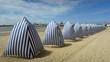 Tente de plage à Royan – France - Gironde - 69718112