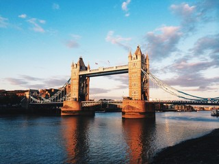 Tramonto sul Tower Bridge