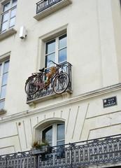 Fahrrad am Balkon