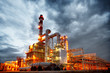 Leinwanddruck Bild - refinery